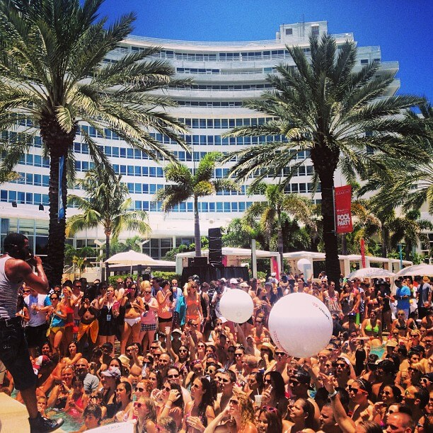 iheartradio pool party fountainebleau