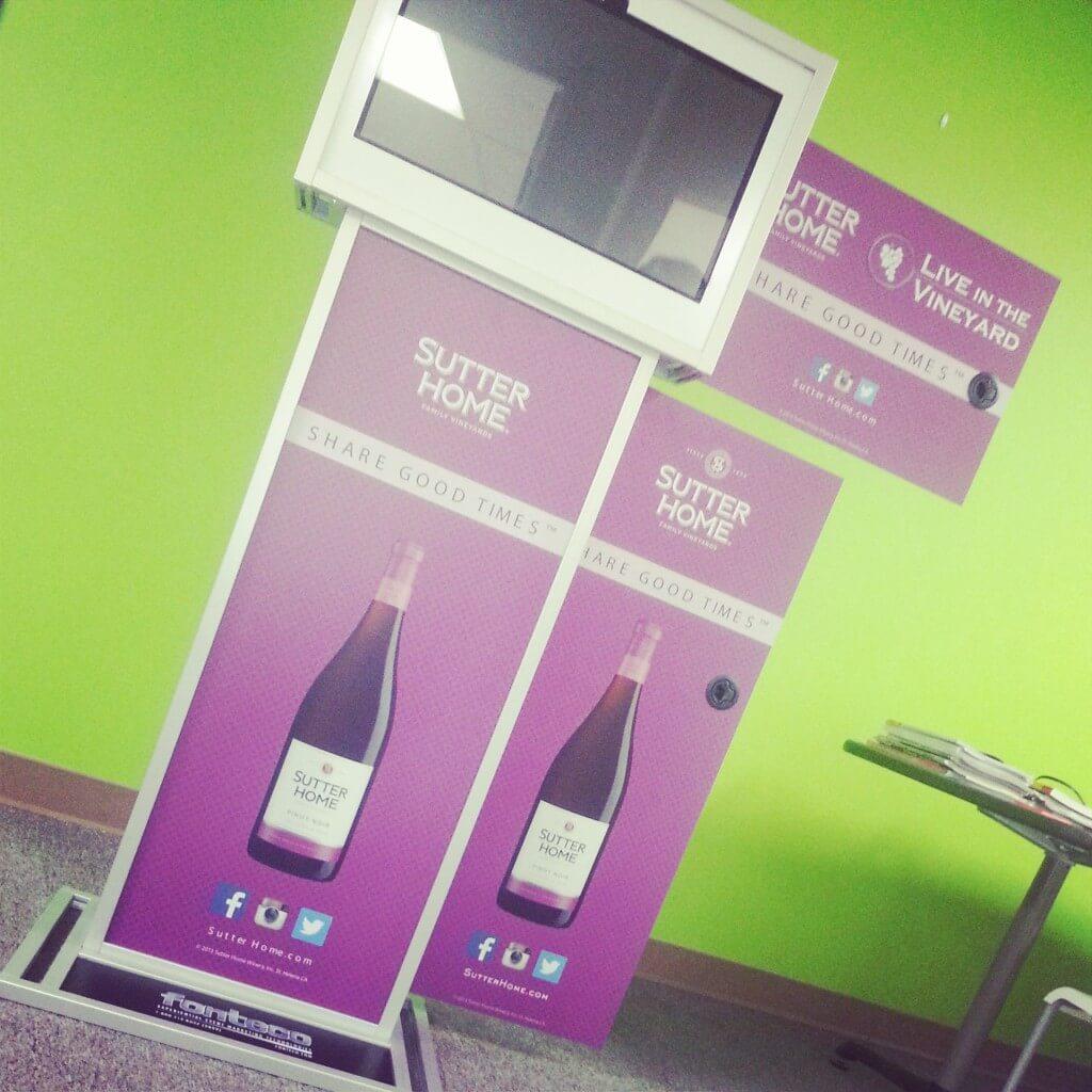 social media photo kiosk
