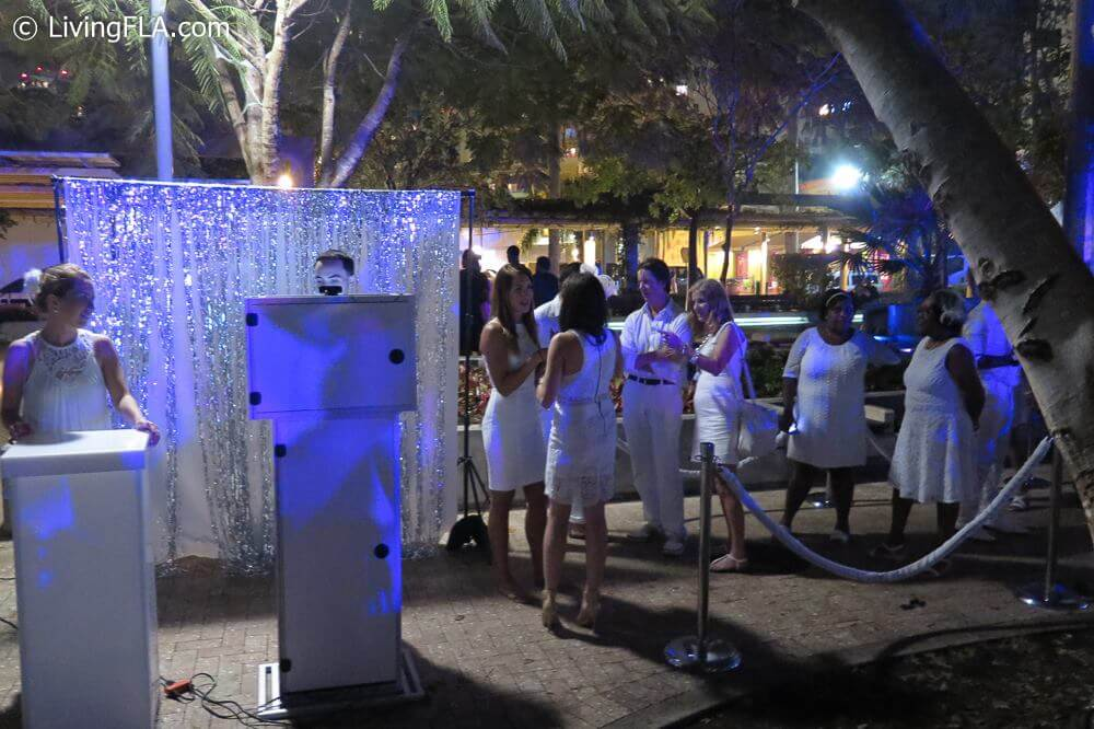 diner en blanc west palm beach photo kiosk