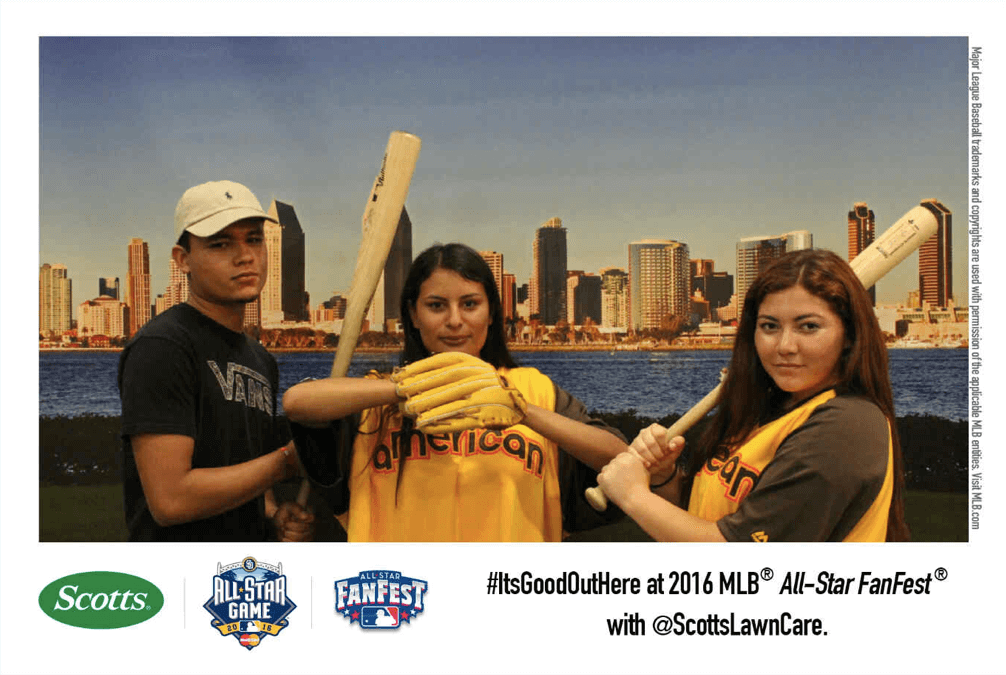 mlb fan fest social photo booth