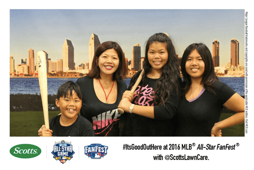 mlb fan fest photo booth